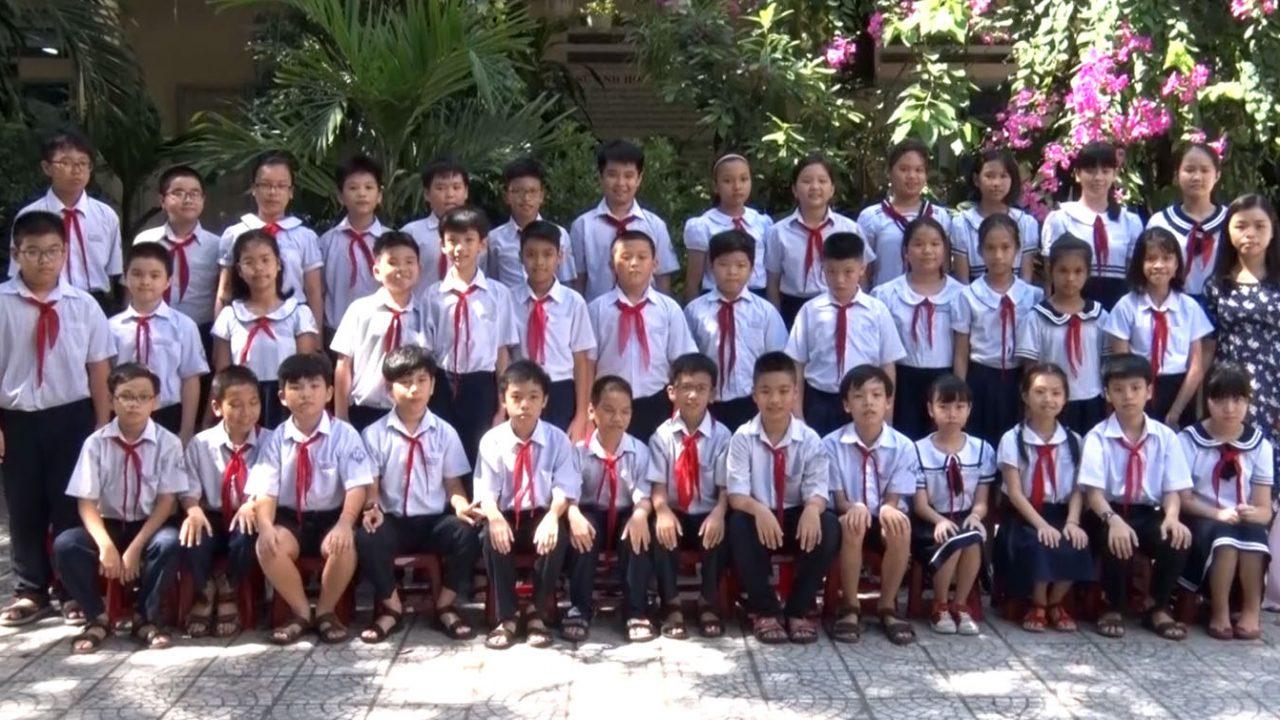 Quay phim kỷ yếu tại trường Tiểu học Hoàng Văn Thụ Đà Nẵng