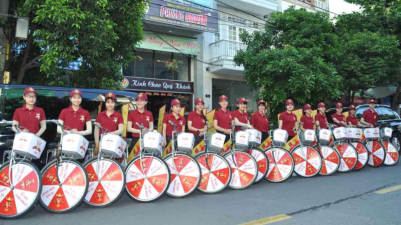 Chụp hình roadshow tại Đà Nẵng